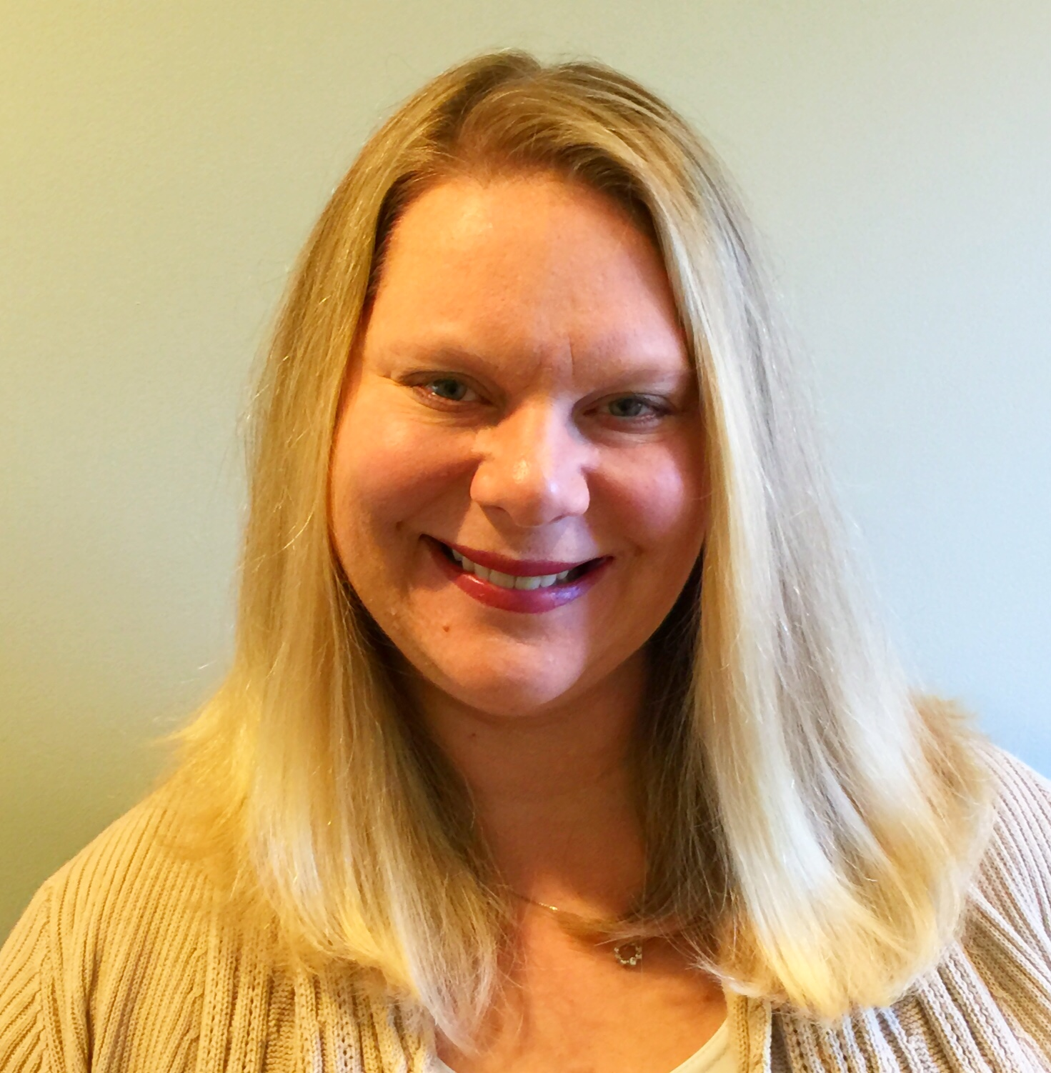 Dr. Andrea Bross licensed psychologist and therapist south shore ma hingham